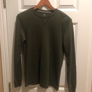 Old Navy thermal long sleeve shirt